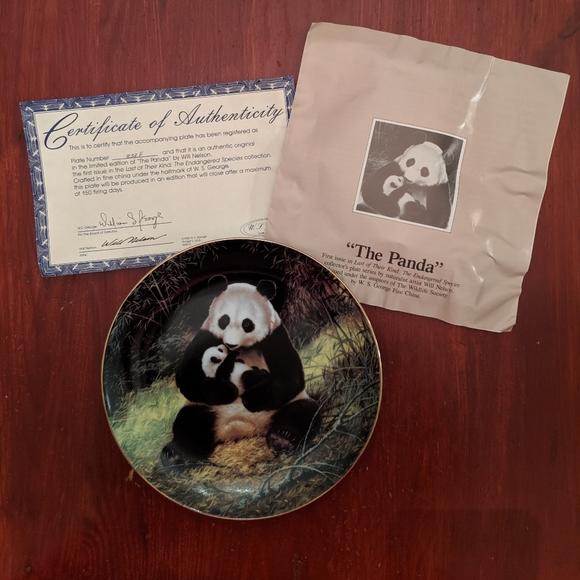 PANDA BEAR COLLECTORS PLATE